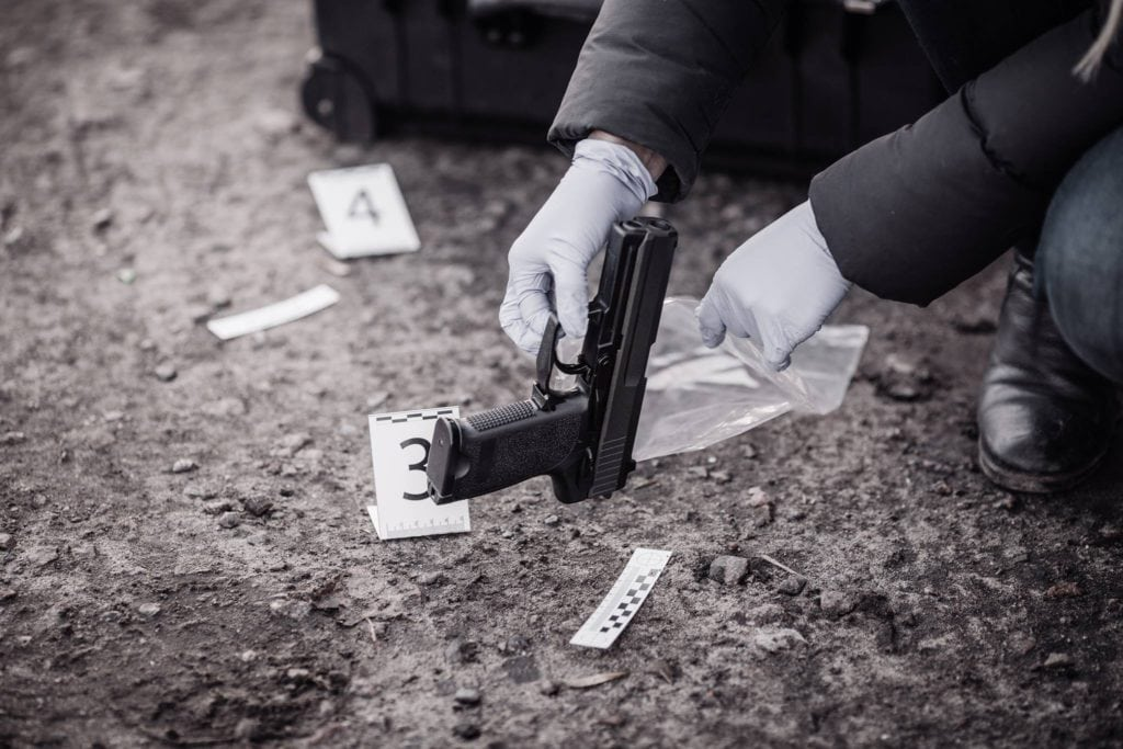 homicide investigation collecting evidence Basic techniques and guidelines for collecting dna evidence at a crime scene.